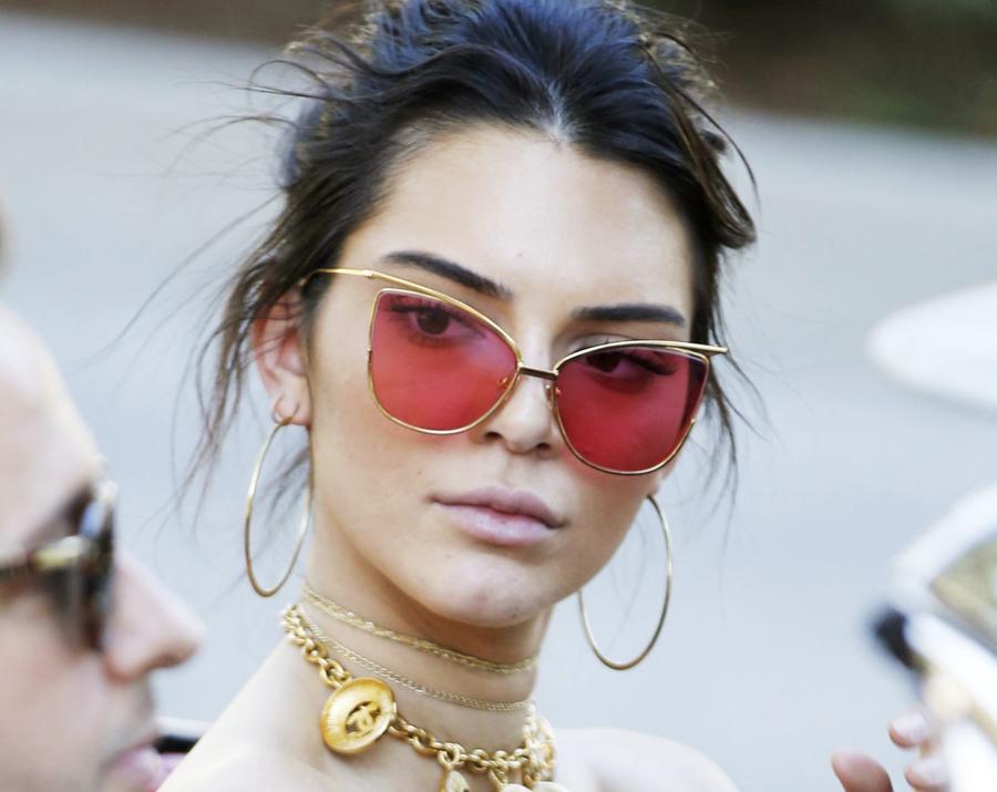 Angular Framed Sunglasses - 7 Sunglasses Trends Under 100 // Notjessfashion.com