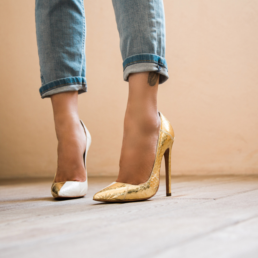 Classic Pumps - The 7 Key Pieces To Nail A Great Happy Hour Outfit // NotJessFashion.com