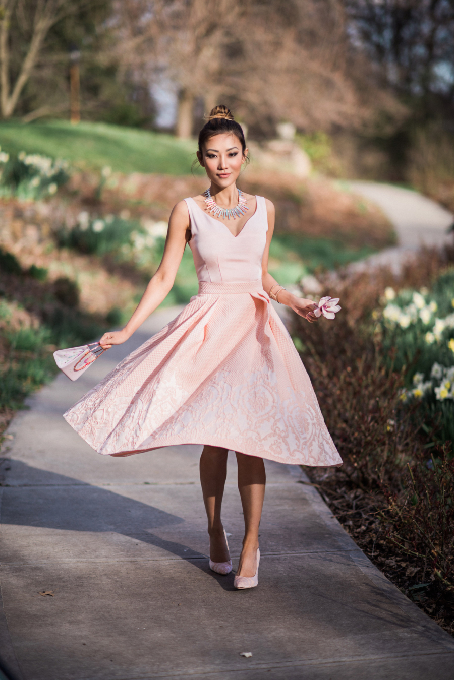 How to pick the perfect wedding dress, pink a-line dress // Notjessfashion.com