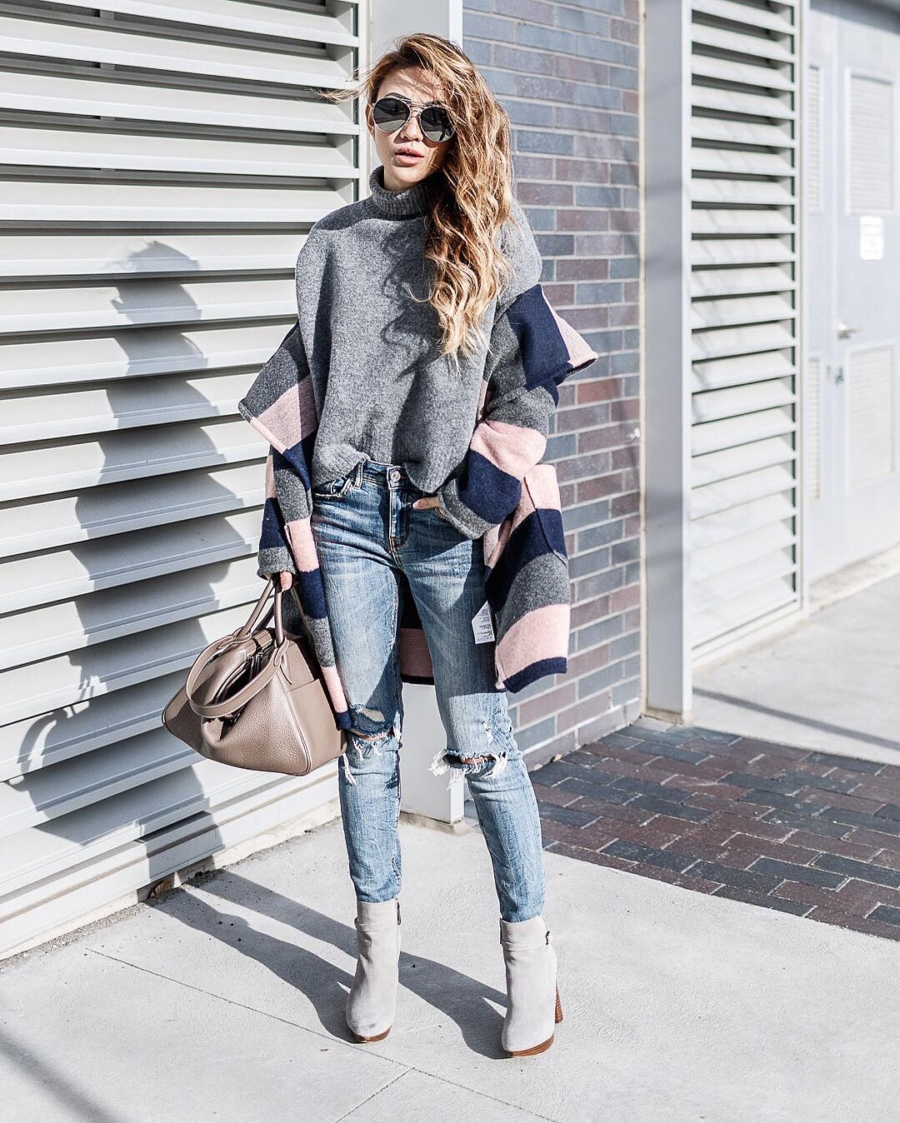 Hermes Lindy - 9 Designer Handbags That Are Totally Worth The Investment // NotJessFashion.com