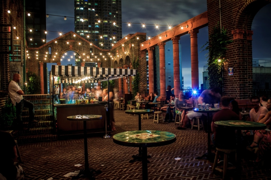 Rooftop Bars NYC - 10 Things You Must Do In New York This Summer // NotJessFashion.com