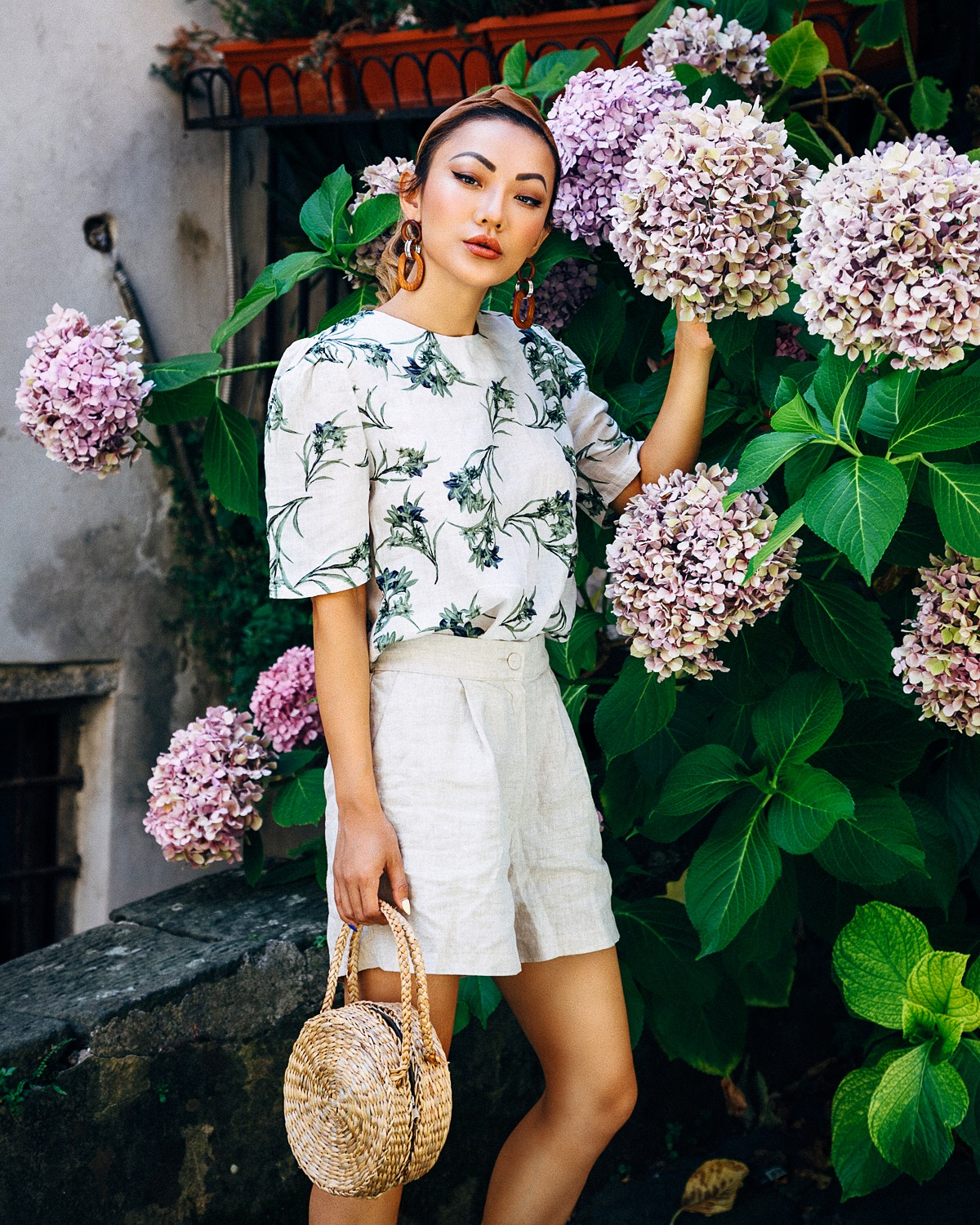Guide to Wearing Color For Spring - Linen Shorts with Floral Top // Notjessfashion.com