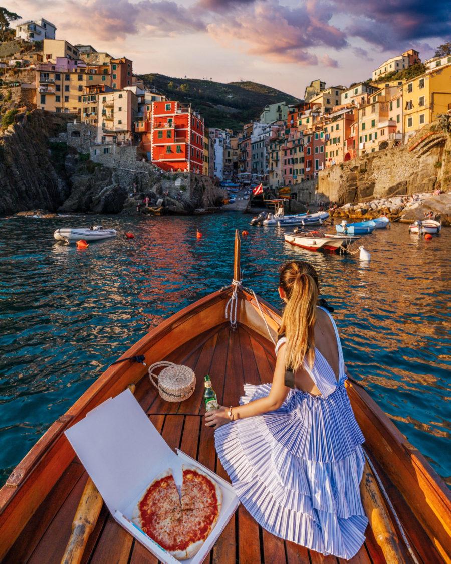 Riomaggiore, Cinque Terre, best photo spots // NotJessFashion.com