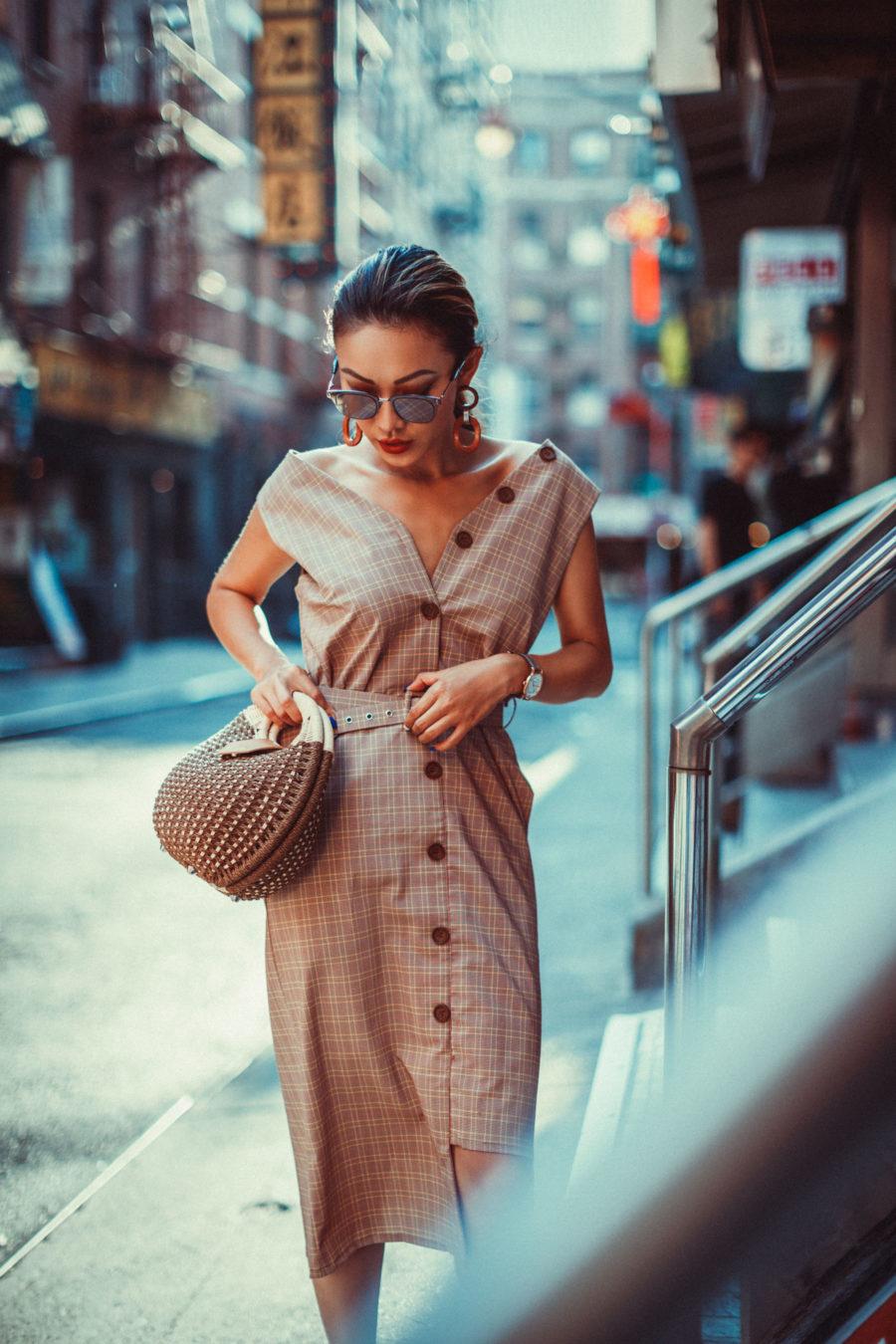 7 Ways to Look More Powerful - sheath dress, power dressing // NotJessFashion.com