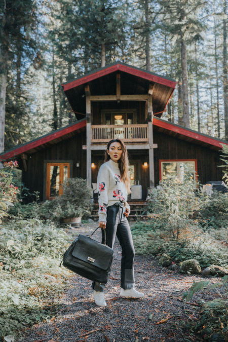 Travel Carryall Weekend Getaway Style, most beautiful places to visit in the fall, fall in oregon // NotJessFashion.com