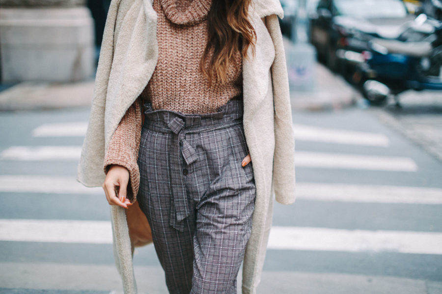 Cozy Knits For Fall 2018 - fall lavender outfit, fall in oregon // Notjessfashion.com