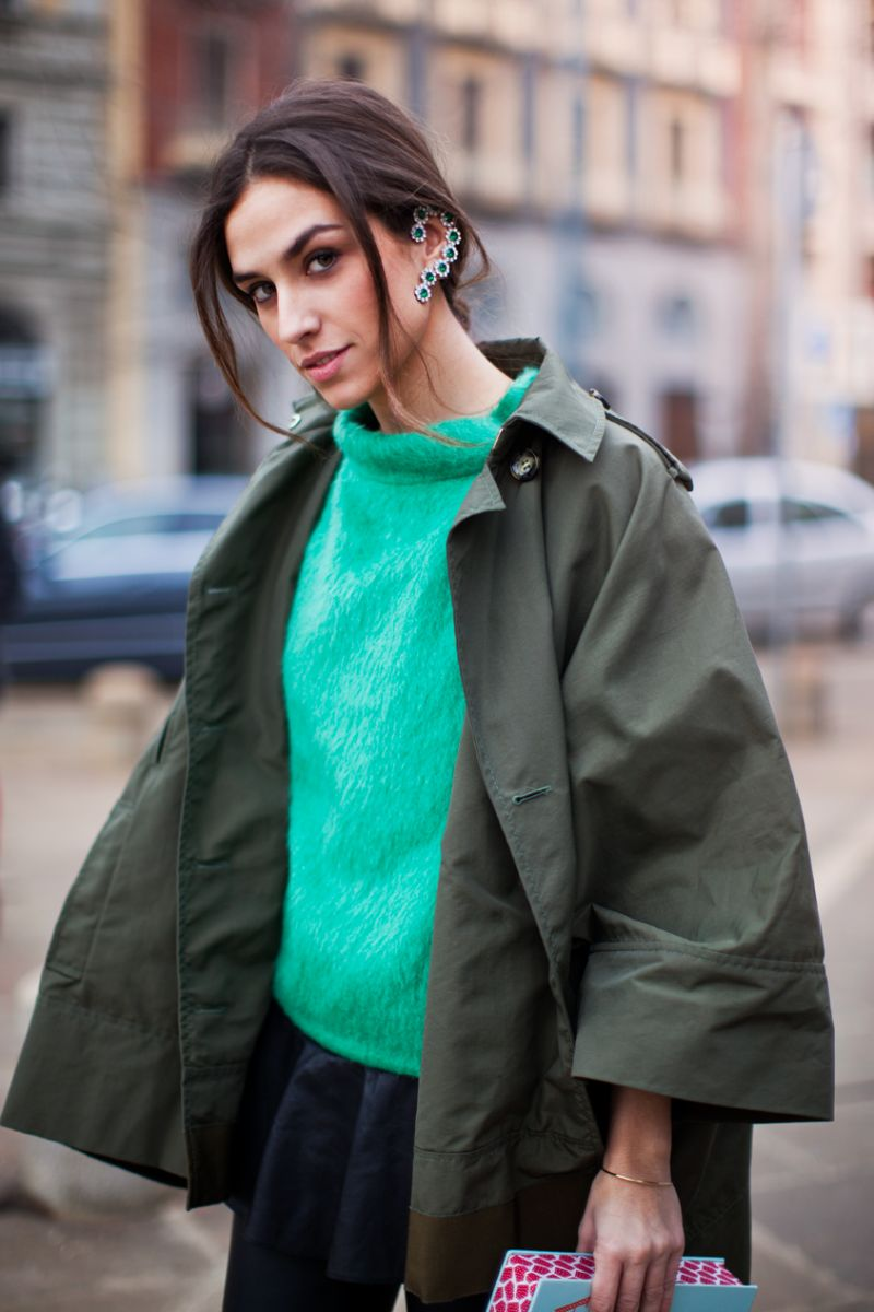 How to add color to your winter wardrobe - Green Statement Jewelry // Notjessfashion.com