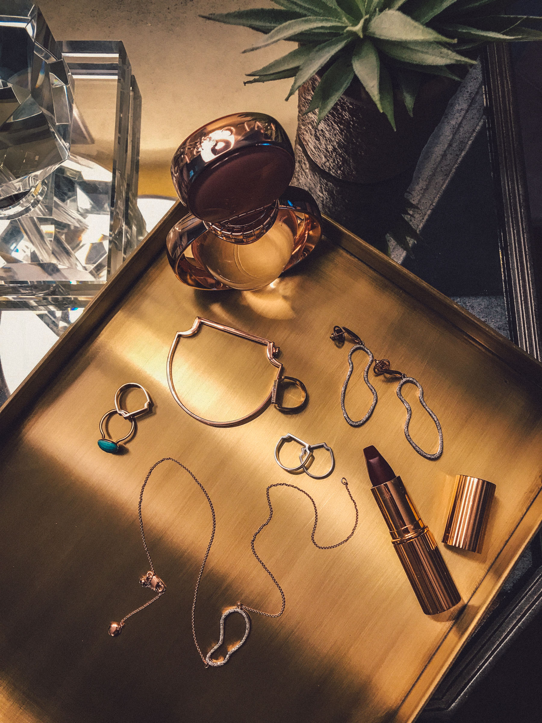 Date Night Jewelry with Monica Vinader Riva Pod Necklace and Earring Set // Notjessfashion.com