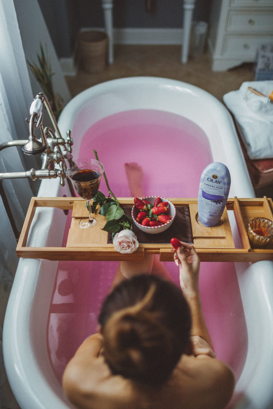 fashion blogger jessica wang shares her self-care guide at home in a pink bath // Jessica Wang -Notjessfashion.com
