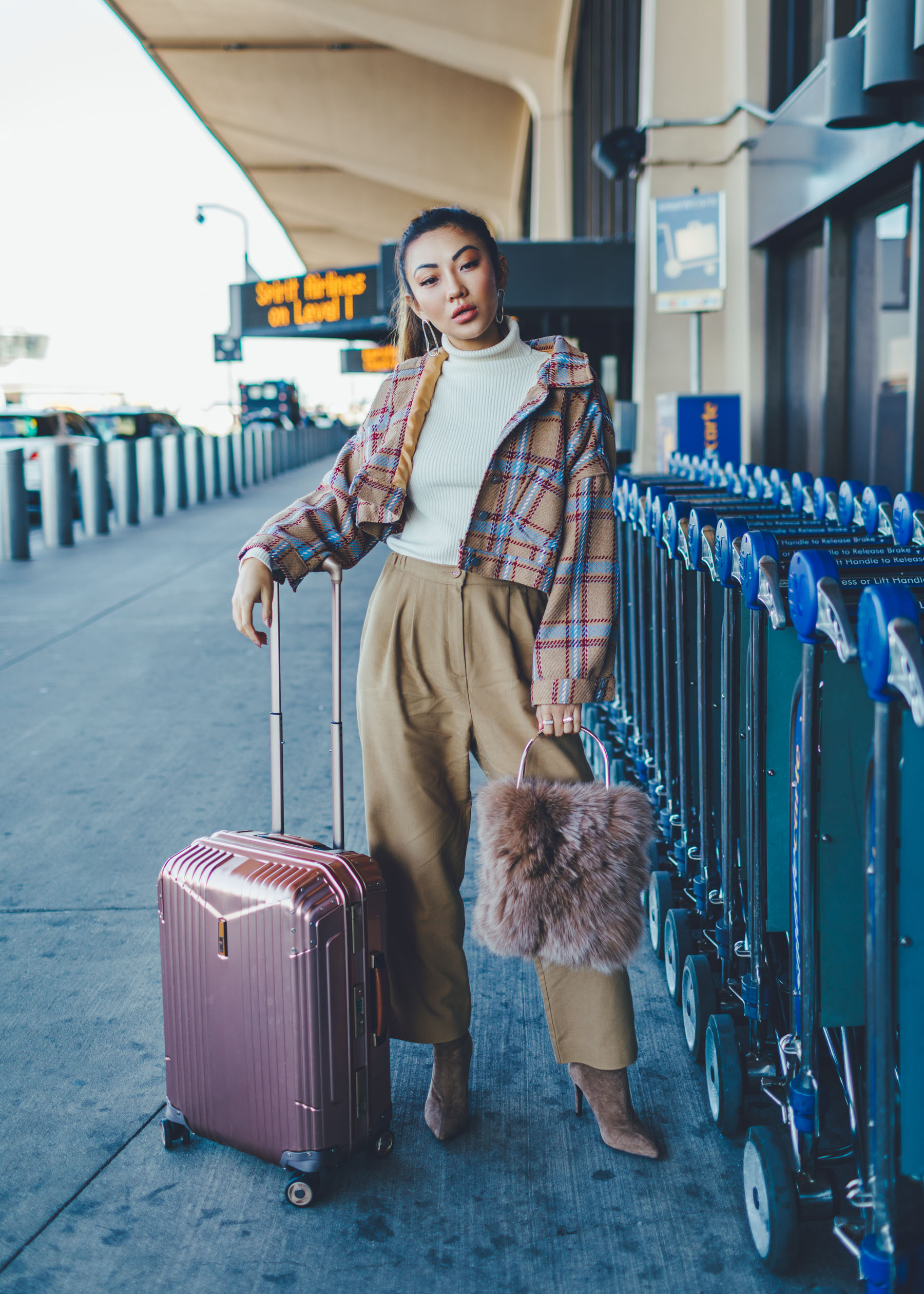 Chic Comfy Winter Travel Style // Notjessfashion.com