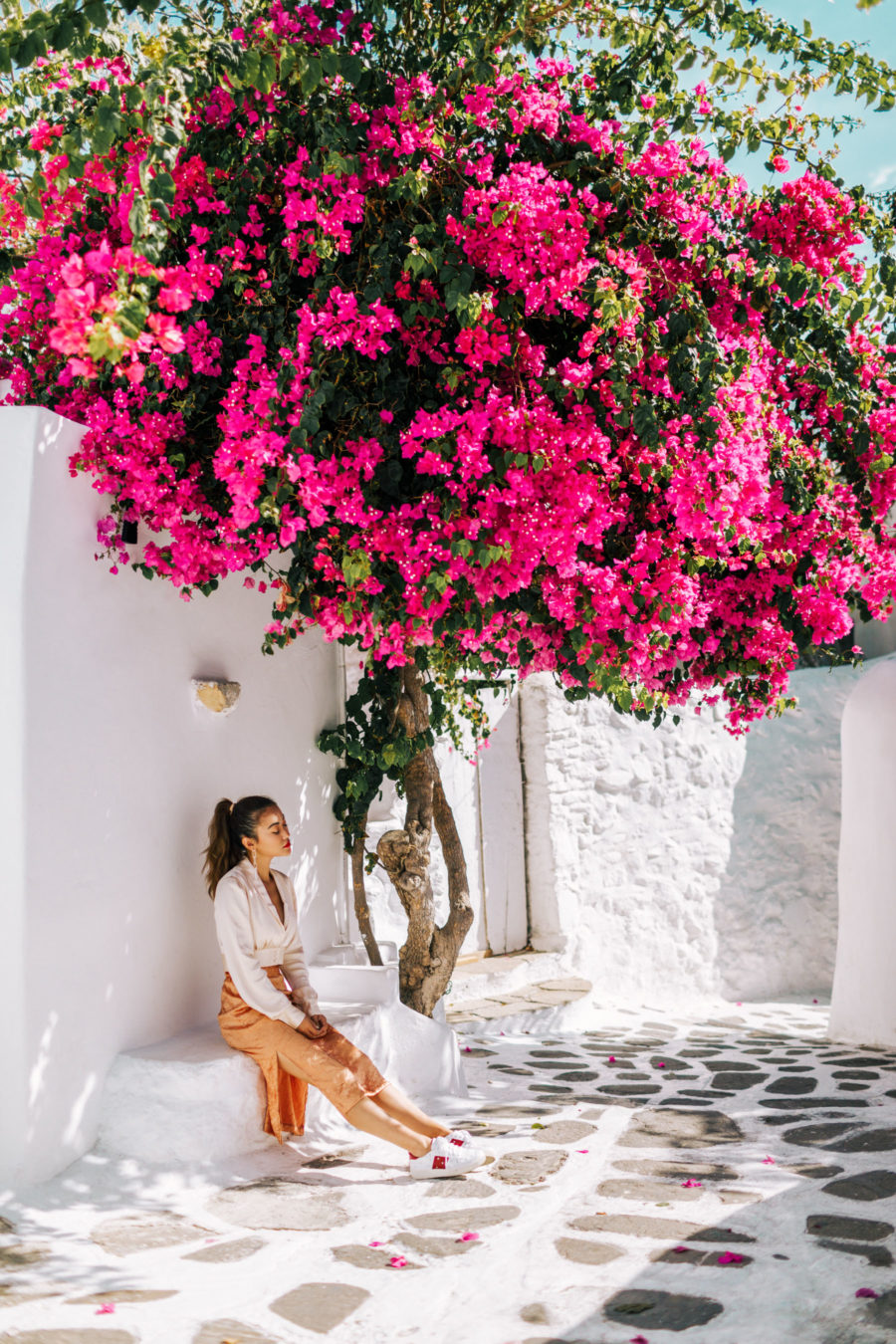 Top 5 Travel Destinations in the Summer - Most Instagrammable Spot In Santorini // NotJessFashion.com