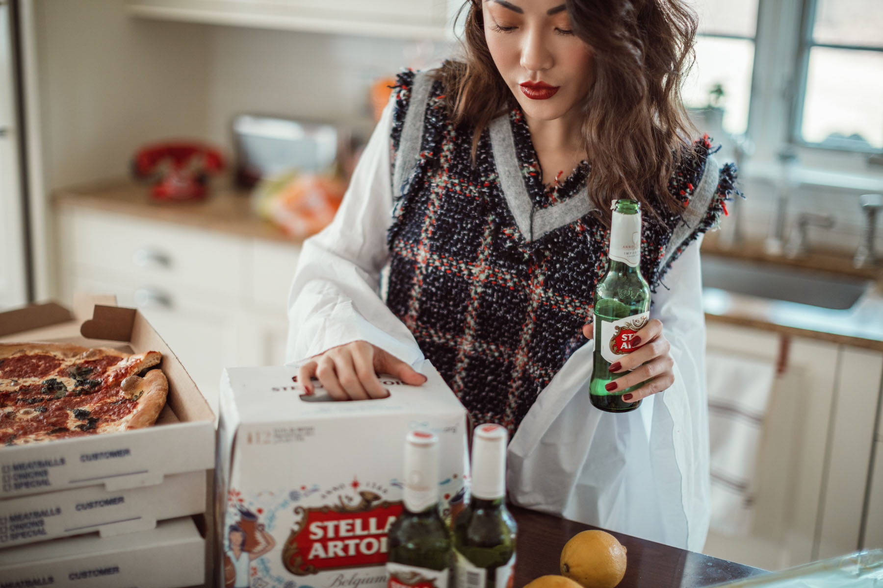 How to Throw a Super Bowl Party That Matters // Notjessfashion // Stella Artois, Super Bowl Party, fashion blogger, new york fashion blogger, jessica wang, pizza and beer