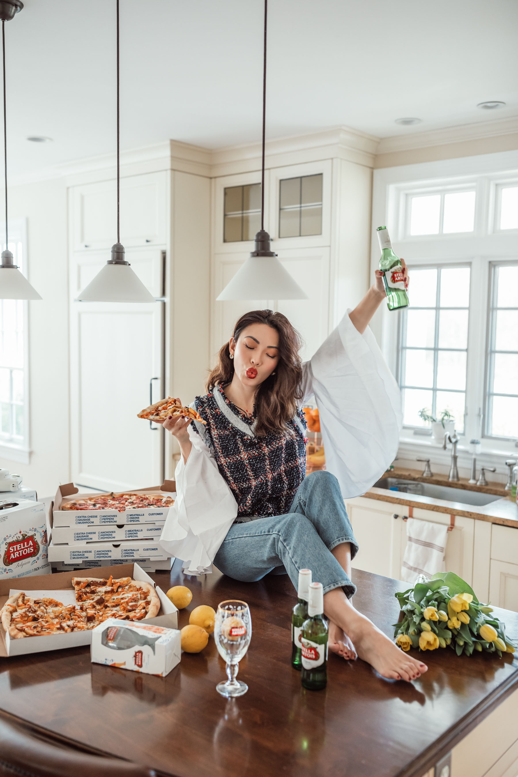 How to Throw a Super Bowl Party That Matters // Notjessfashion // Stella Artois, Super Bowl Party, fashion blogger, new york fashion blogger, jessica wang, pizza and bear
