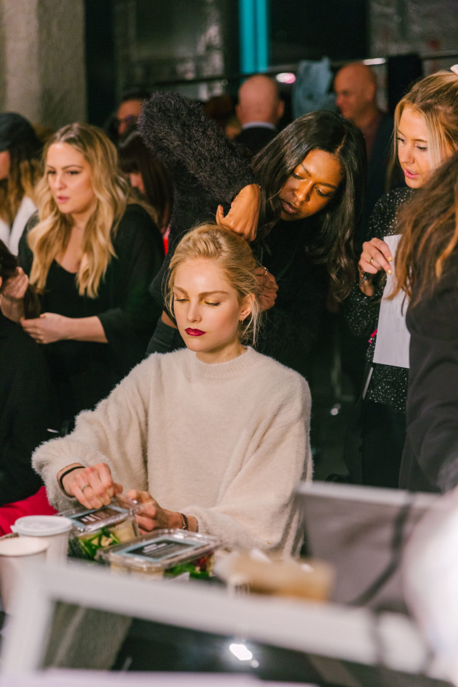 how to prepare for nyfw, how to prepare for fashion week, nyfw backstage // Notjessfashion.com