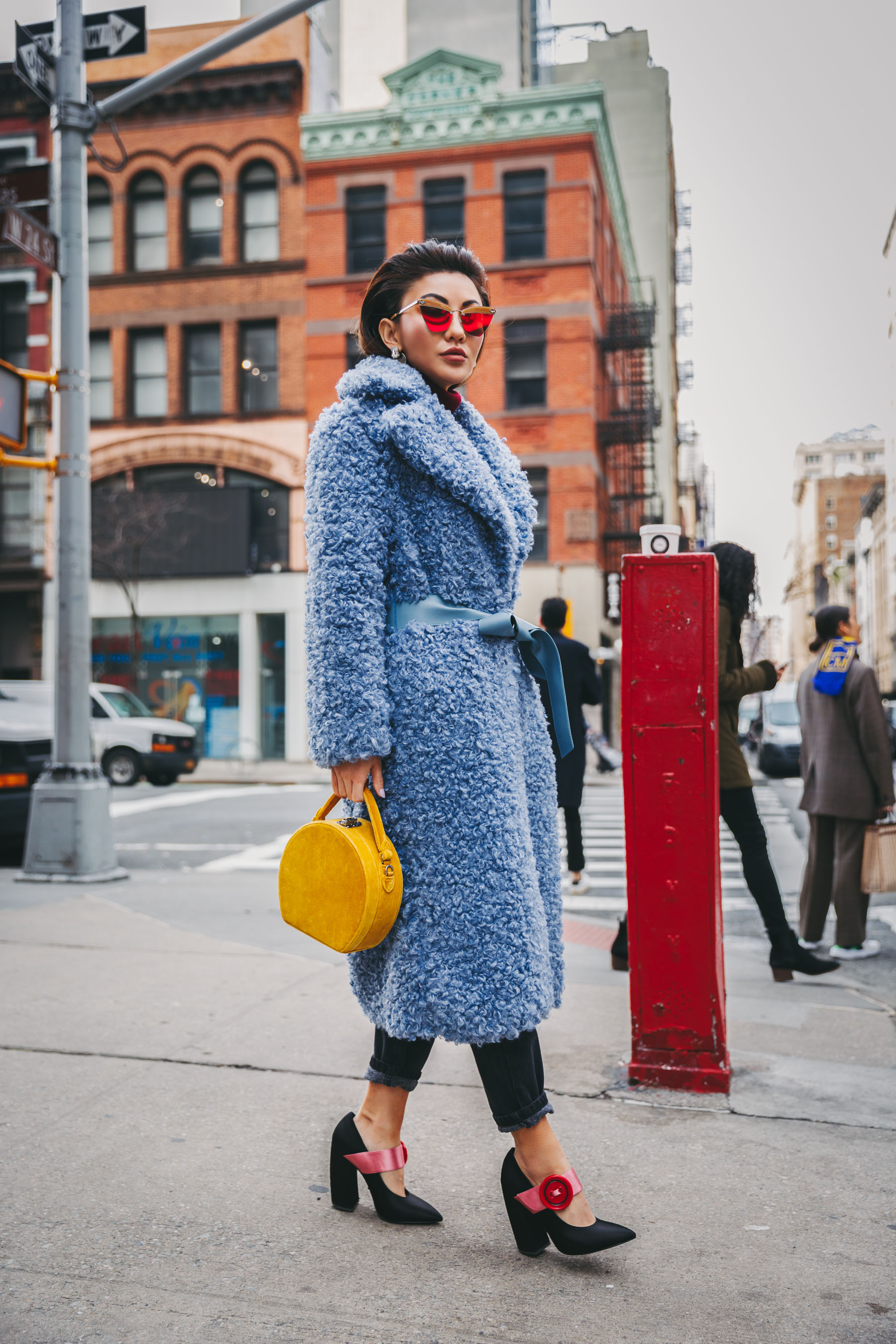 NYFW 2018 Street Style - Blue Teddy Coat and yellow circle bag // Notjessfashion.com