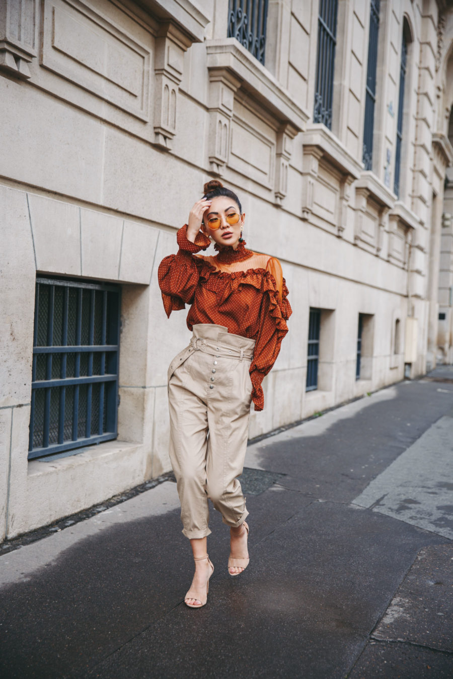 Spring 2019 capsule wardrobe - polka dot pants, high waisted trousers, ankle strap sandals // Notjessfashion.com