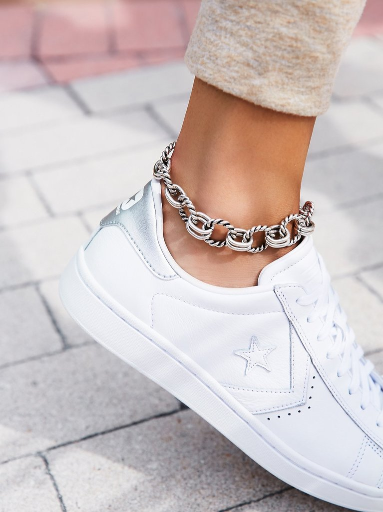 Biggest Jewelry Trends - Free People Anklet // Notjessfashion.com