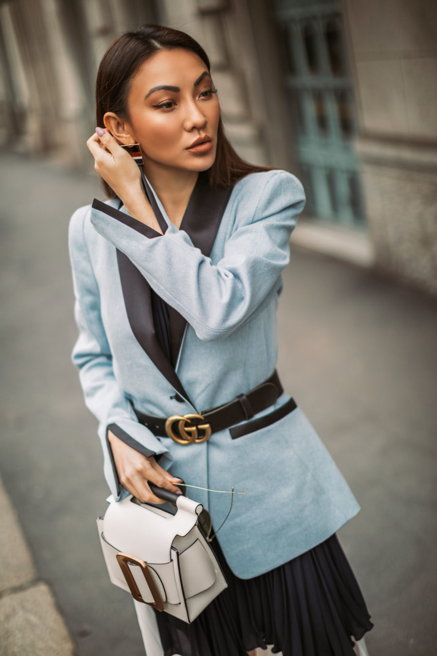 7 Ways to Look More Powerful - belted blazer outfit, power dressing // Notjessfashion.com