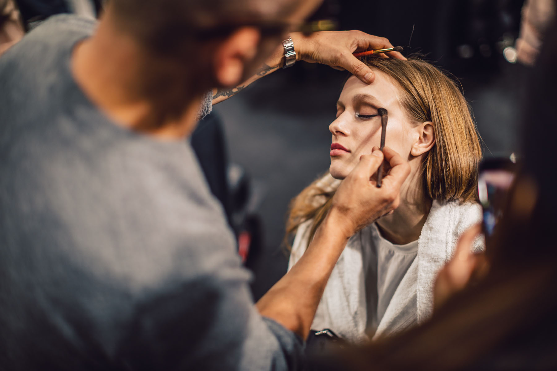 MFW Recap 2 - Backstage with Maybelline at Tommy Hilfiger // Notjessfashion.com