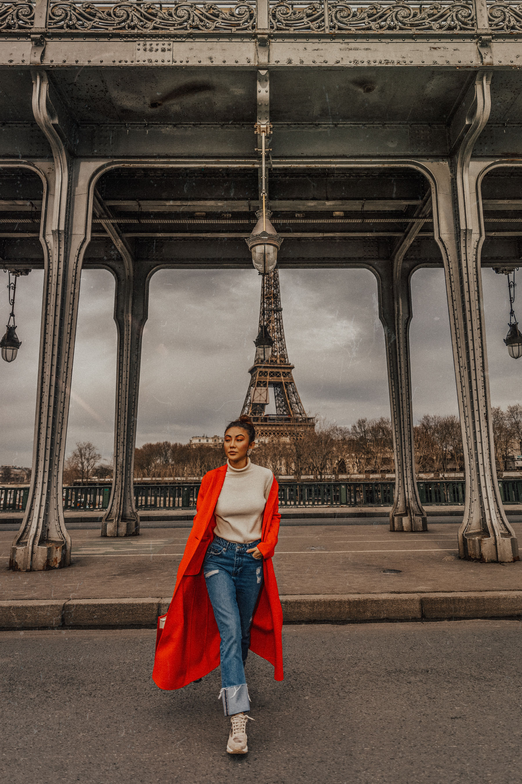 Winter Trends You Can Still Wear In Spring - Bright red coat, cuffed jeans, balenciaga bazar shopper, jessica wang in paris, pfw street style, chunky sneakers outfit, spring 2018 trends // Notjessfashion.com