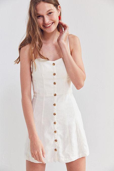 Dresses to Get You Through Easter - White Dress, button down dress // Notjessfashion.com