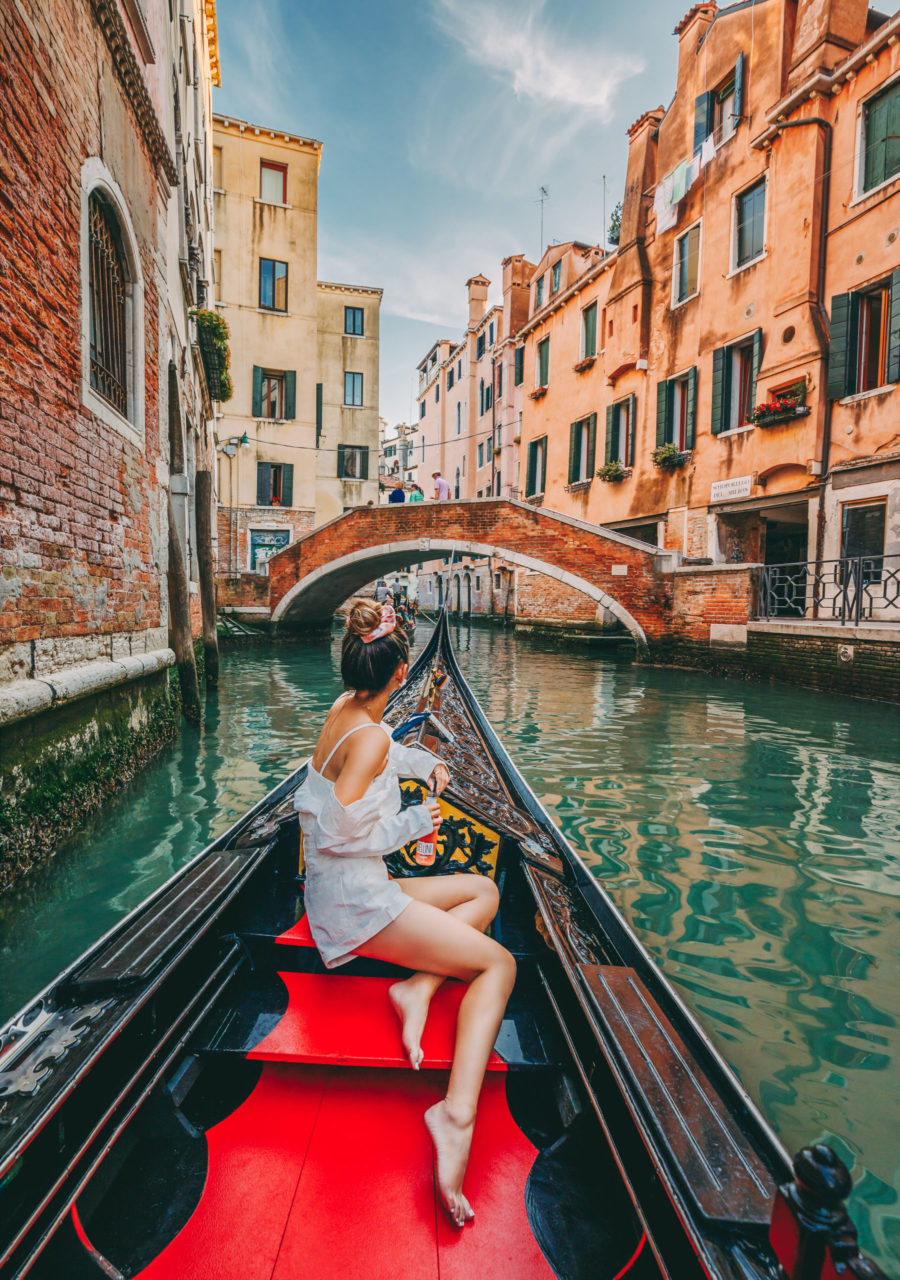Instagram Outfits in Venice - polka dot dress, venice canals, venice bridge, travel blogger, all white summer outfit, gondola ride in venice