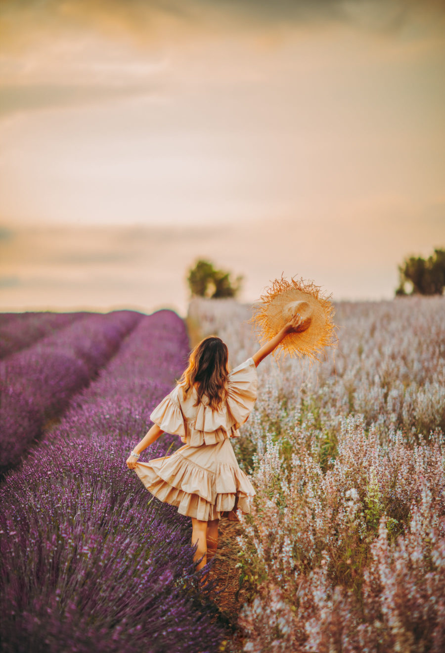 Lavender Fields Provence, Fashion and Travel Blogger, Phillip Lim flamenco dress // Notjessfashion.com