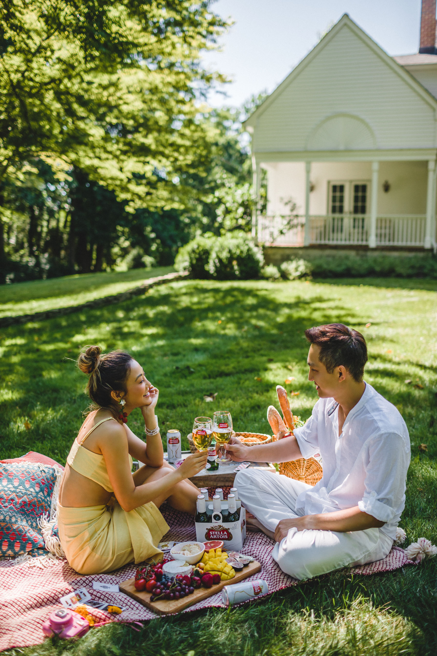 The Best Father's Day Gifts on Amazon, Savoring Everyday Moments with Stella Artois, Joie de Biere, Outdoor Picnic, Summer picnic, Stella Artois // Notjessfashion.com