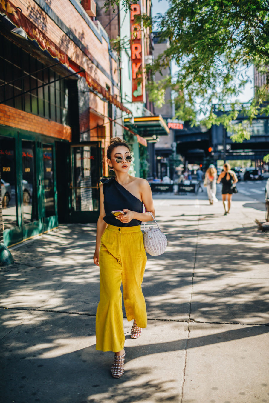 Summer Date in the City - Date night outfit, uber safety toolkit // Notjessfashion.com