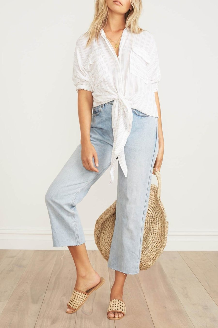 Crop Tops for Summer - Tie Waist Button Down // Notjessfashion.com