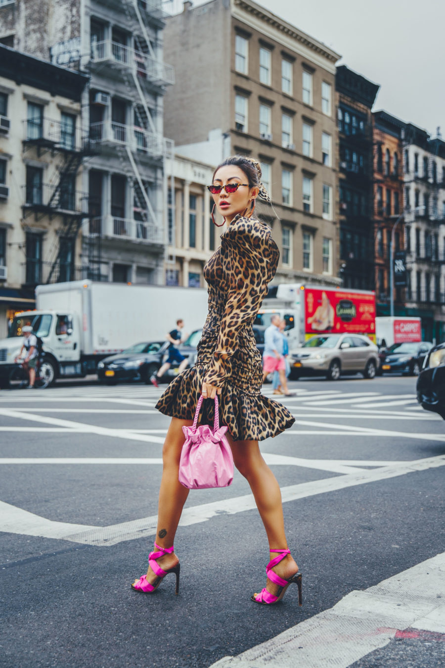 Major Fall trends for 2018, NYFW SS19 Street Style, leopard print trend, magenta heels // Notjessfashion.com