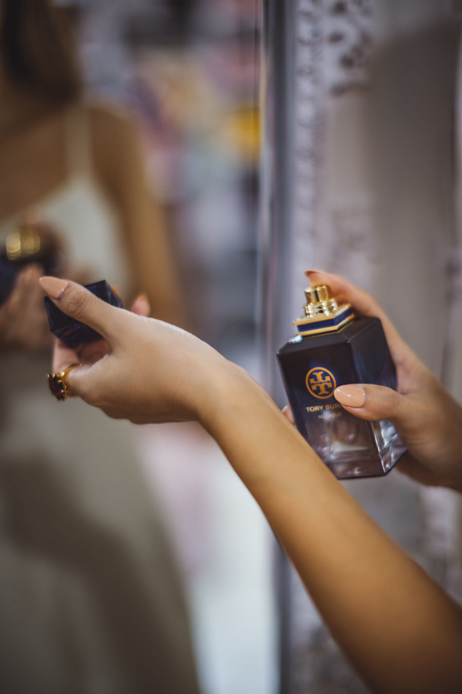 Fall Fragrance - Tory Burch Nuit Azur Perfume, night out photos // Notjessfashion.com