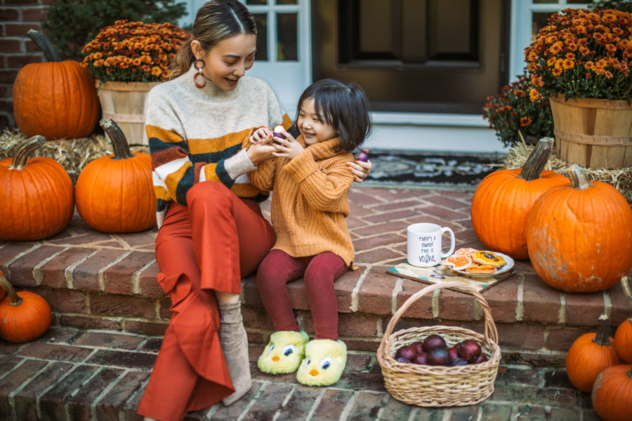 fall activities, pumpkin decorated front porch, EOS Sugarplum Lip Balm // Notjessfashion.com