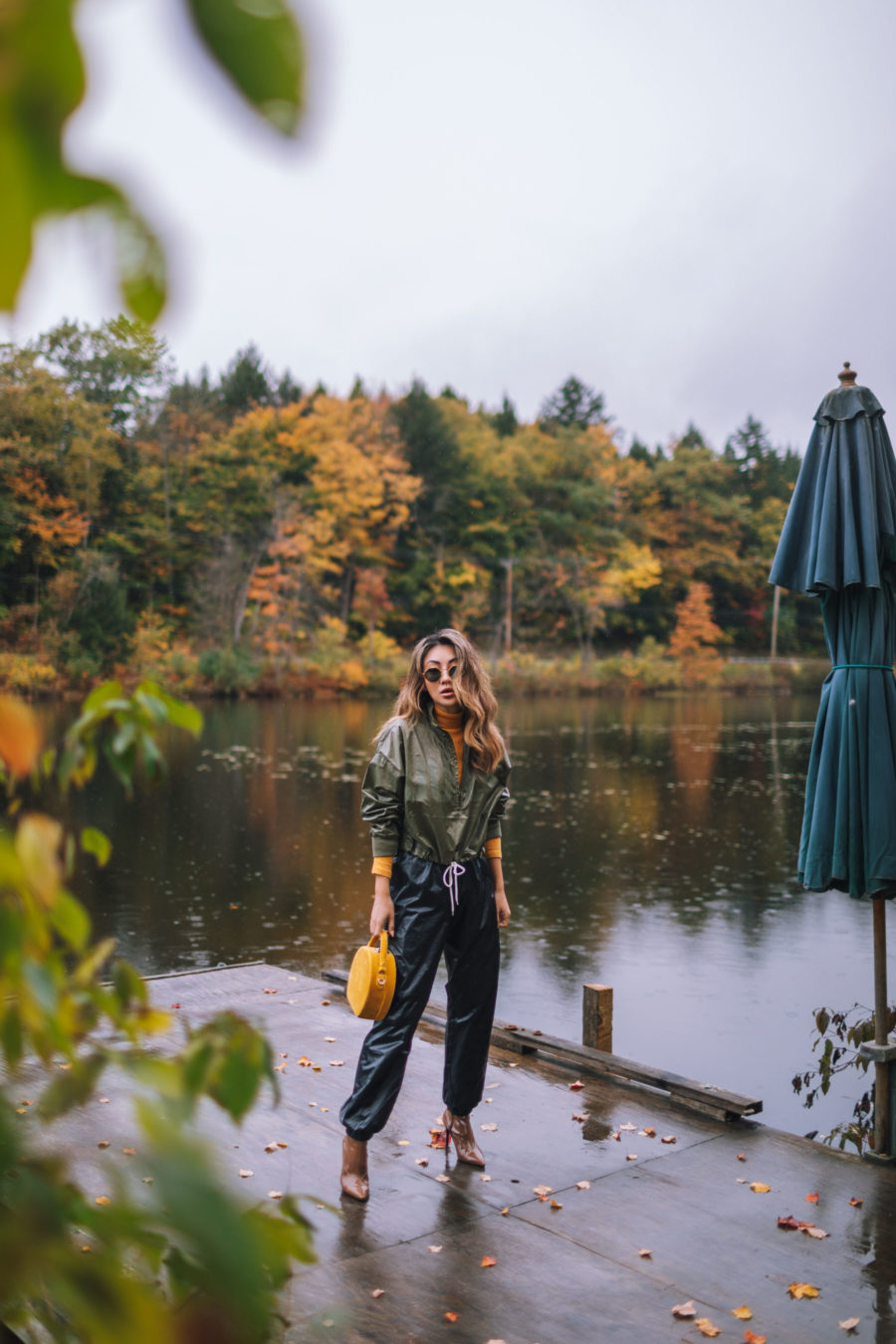 fashion blogger jessica wang wearing joggers and windbreaker while enjoying fun fall activities with her family // Jessica Wang - Notjessfashion.com