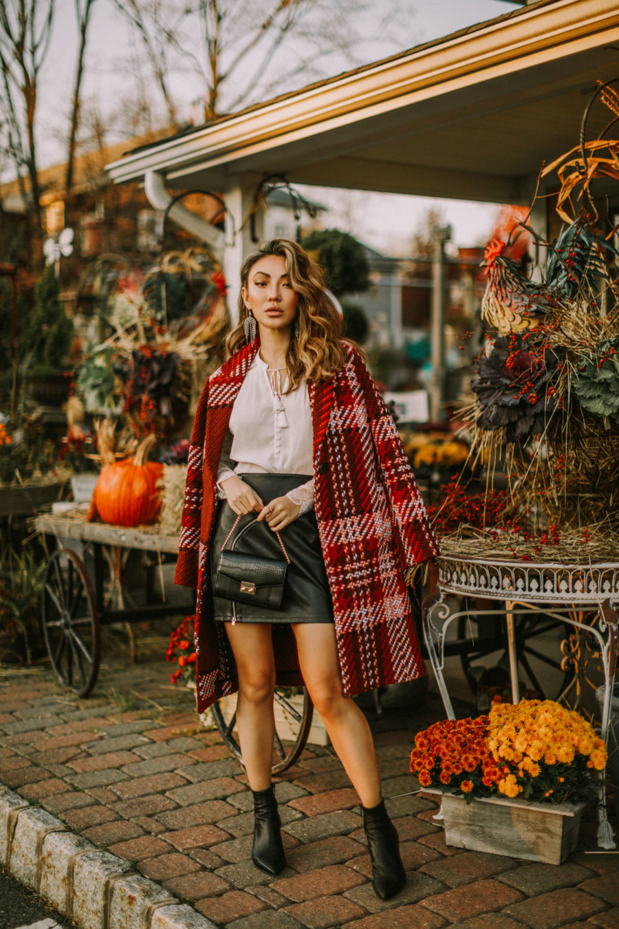 pieces to elevate any outfit, day-to-night workwear, express edition collection 2018, express plaid coat // Notjessfashion.com