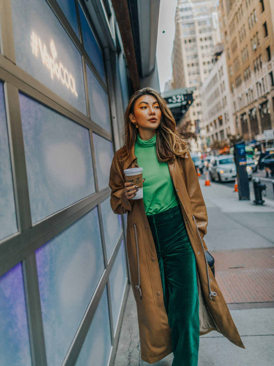 Best Professional Resources for Career Women - nyc career women, green tonal outfit, monochromatic green outfit // Notjessfashion.com