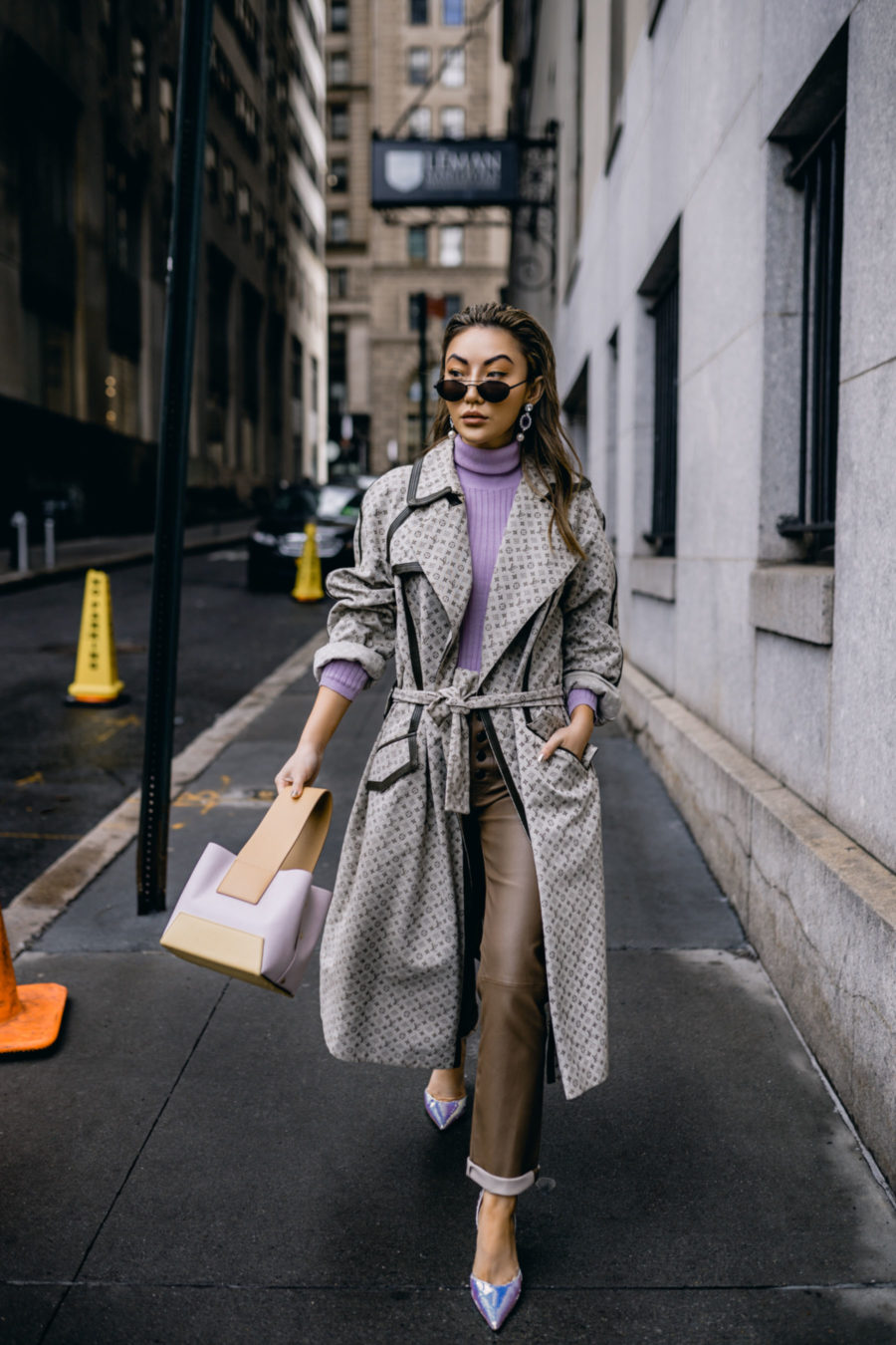 biggest street style trends of spring 2019, louis vuitton trench coat, trench coat trend // Notjessfashion.com