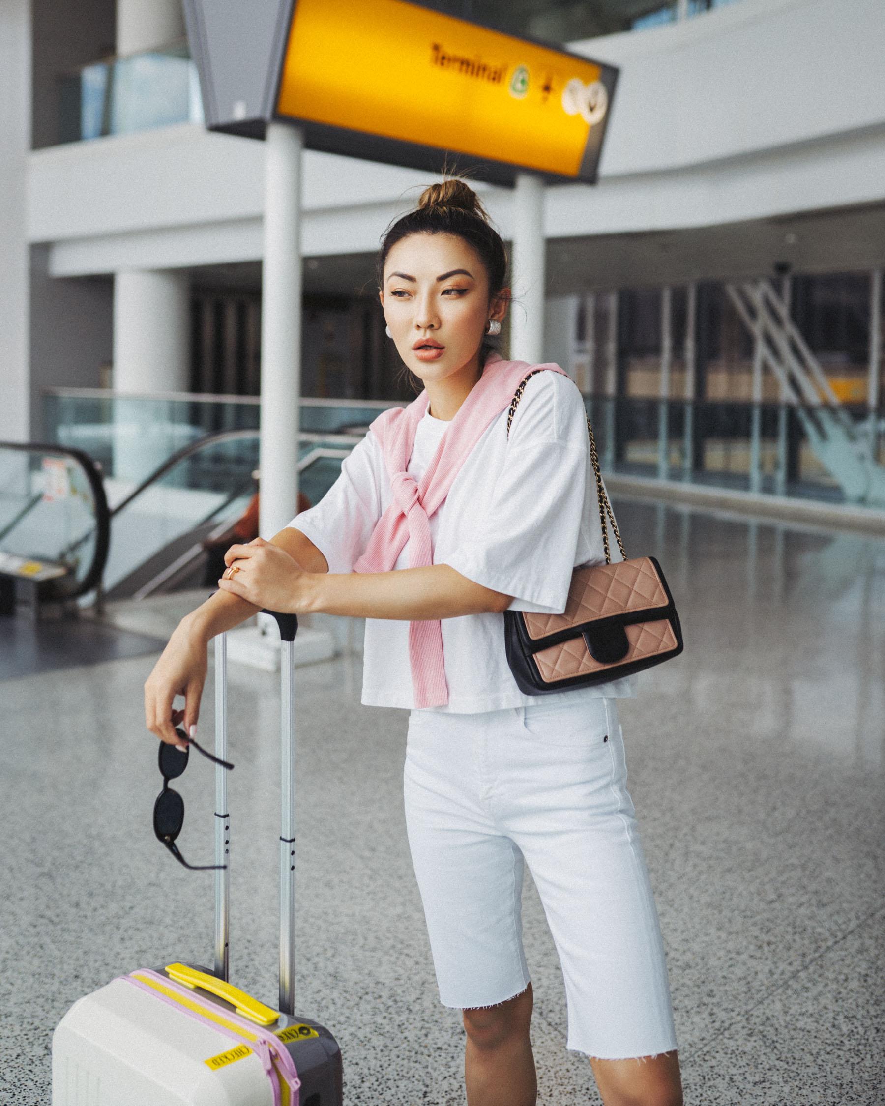 uber rewards, uber fashion blogger, summer travel style, white bermuda shorts // Notjessfashion.com