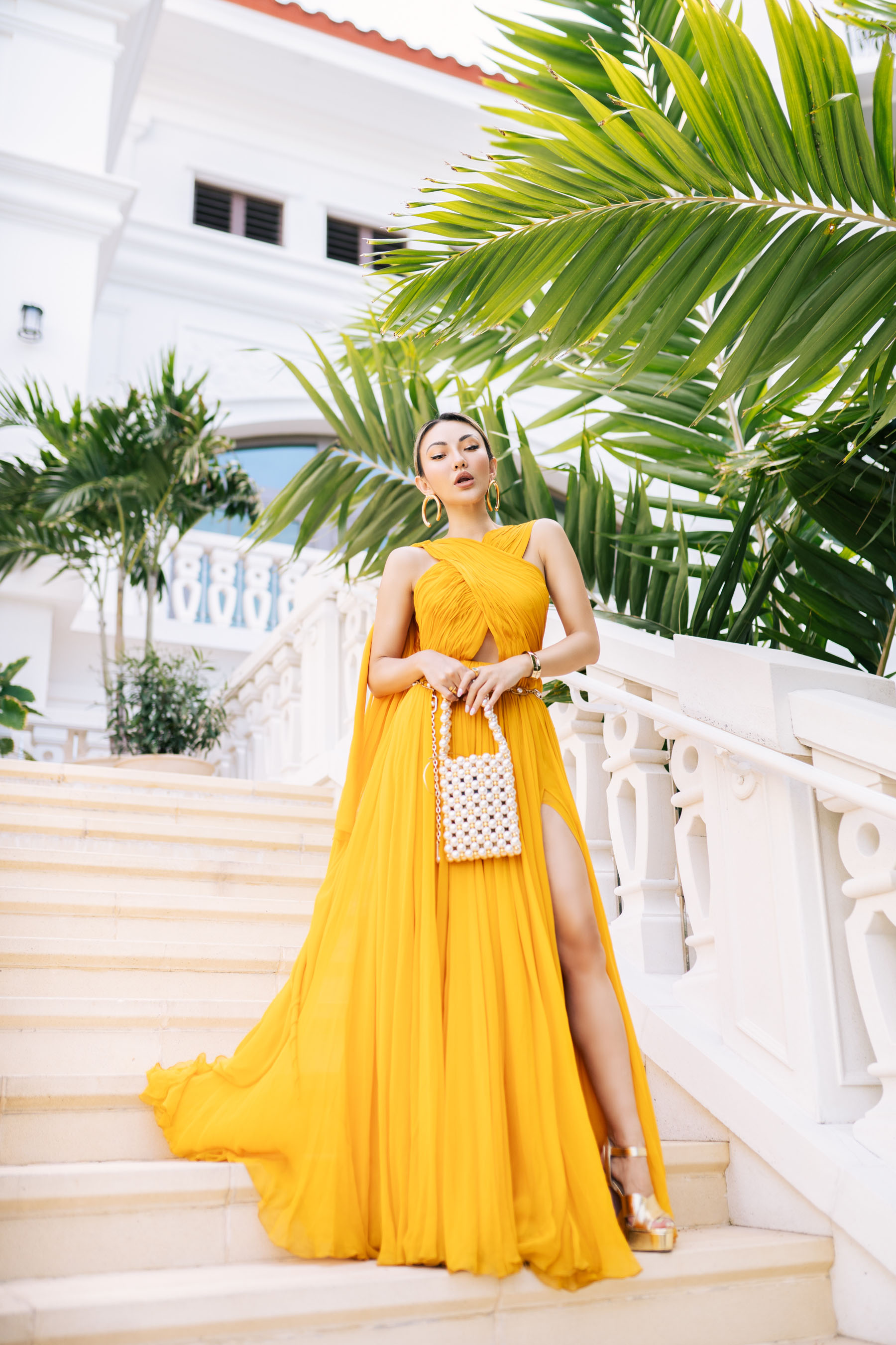 prepare for a big night out, yellow oscar de la renta dress, cannes france // Notjessfashion.com