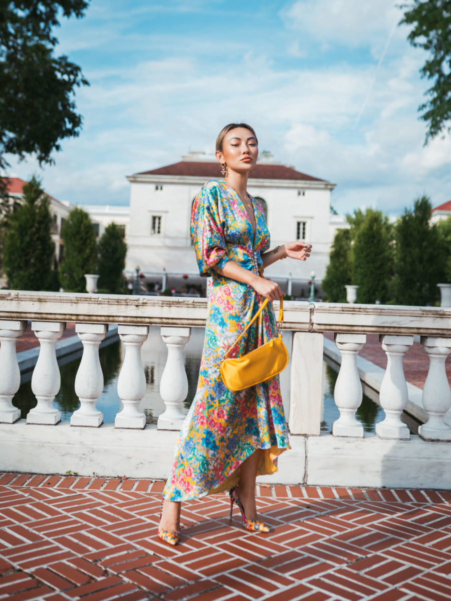 memorial day weekend sales - yellow shoulder bag // Jessica Wang - Notjessfashion.com