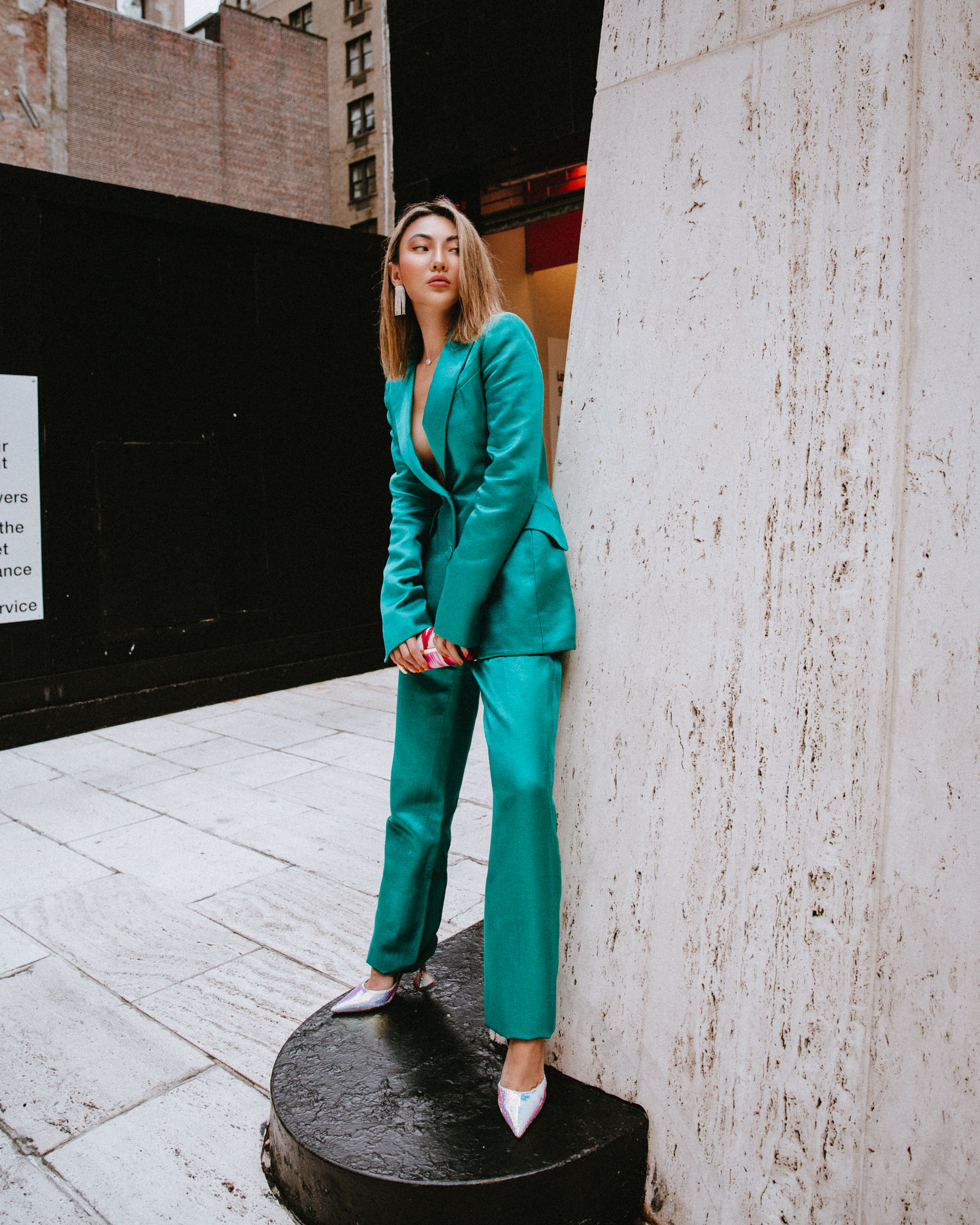 future of fashion week, fashion week street style, green suit, carolina herrera suit // Notjessfashion.com