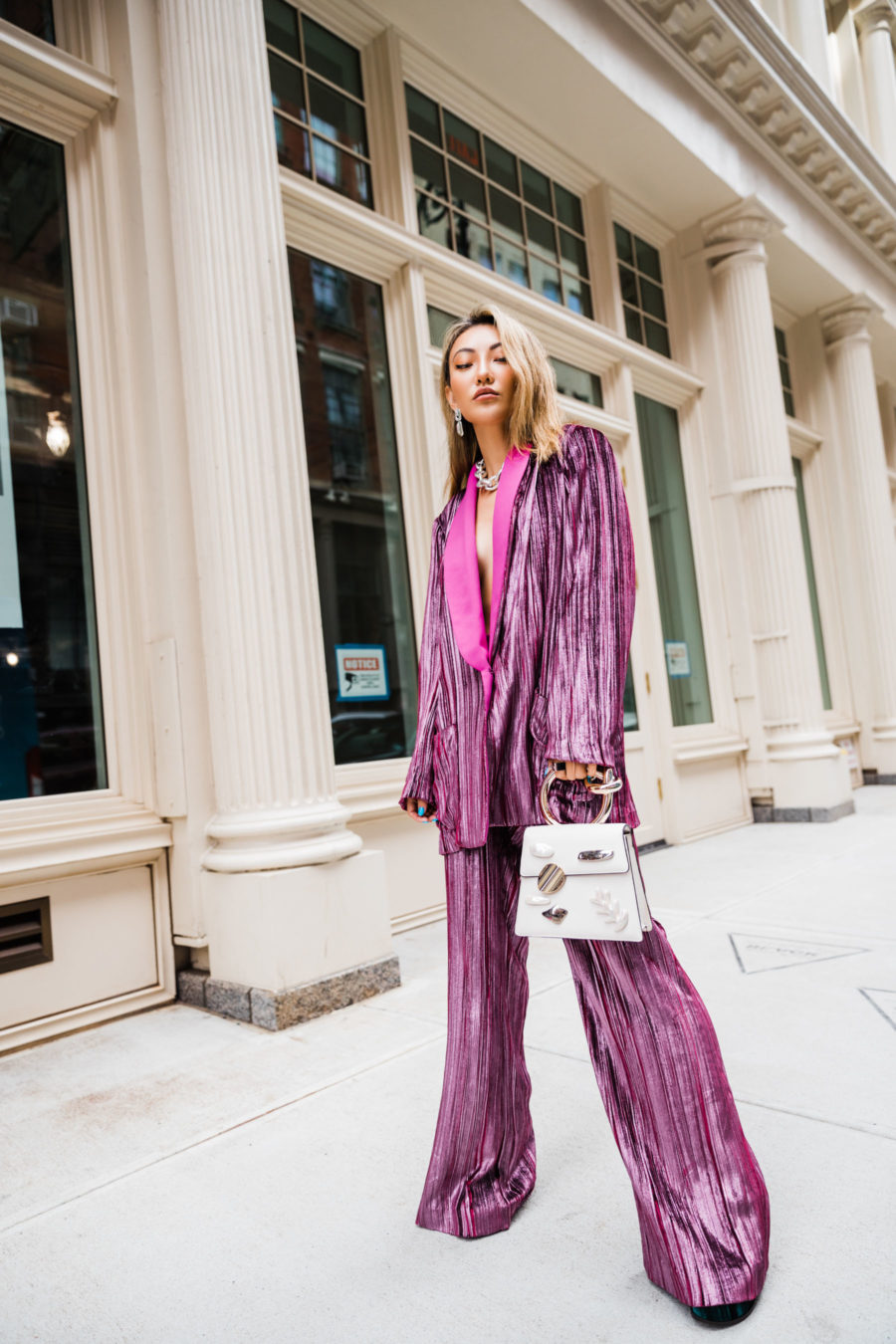 spring transitional outfits with an oversized blazer and wide leg trousers // Jessica Wang - Notjessfashion.com