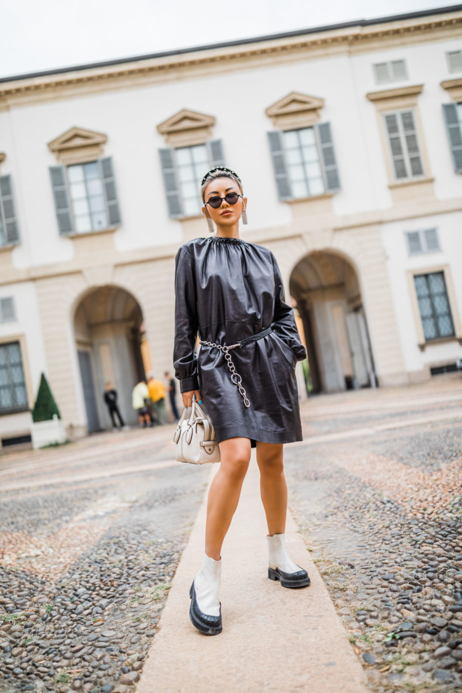 fall fashion finds, tod's boots, tod's leather dress, tod's leather mini handbag// NotJessFashion.com