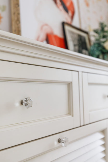 glam cabinet knobs, clear knobs, easy ways to upgrade your room, home depot decor, home depot interiors, blogger home decor, guest bedroom inspiration, jessica wang house // Notjessfashion.com