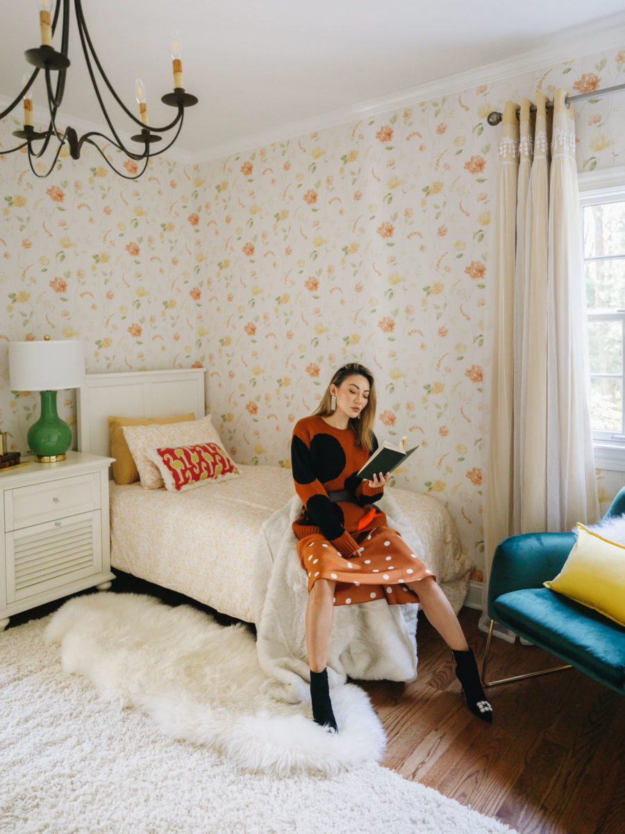 fashion blogger jessica wangs sits inside guest bedroom and shares favorite amazon buys // Jessica Wang - Notjessfashion.com