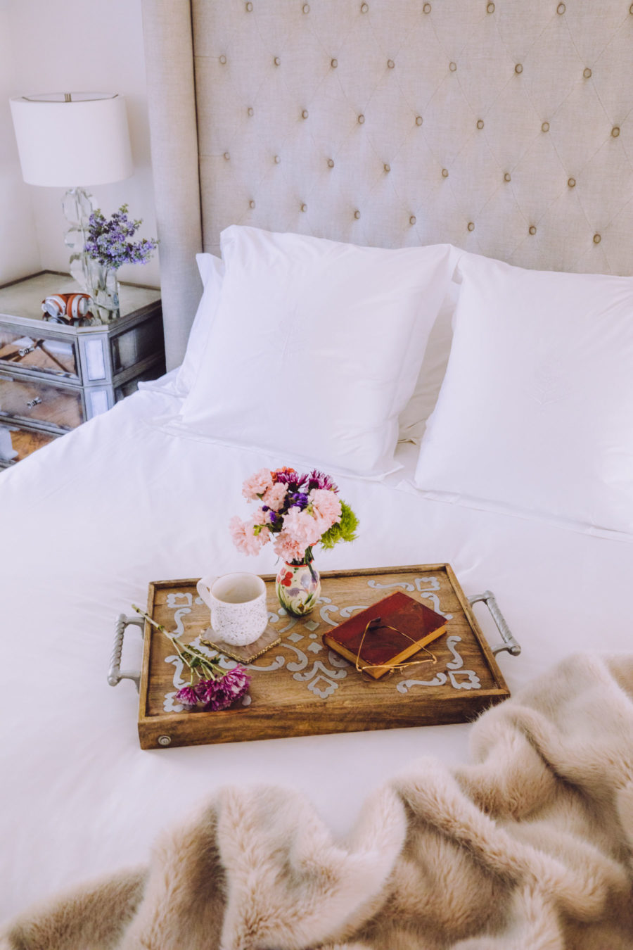 the perfect staycation featuring four seasons hotel bedding // Notjessfashion.com