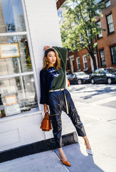 SWEATER STYLES TO UPDATE YOUR WARDROBE FOR THE UPCOMING HOLIDAYS