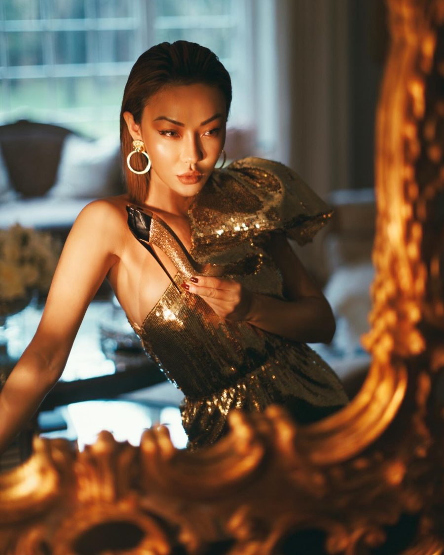 best perfumes for date night: fashion blogger jessica wang wears gold sequin dress with carolina herrera good girl gold collector perfume // Notjessfashion.com