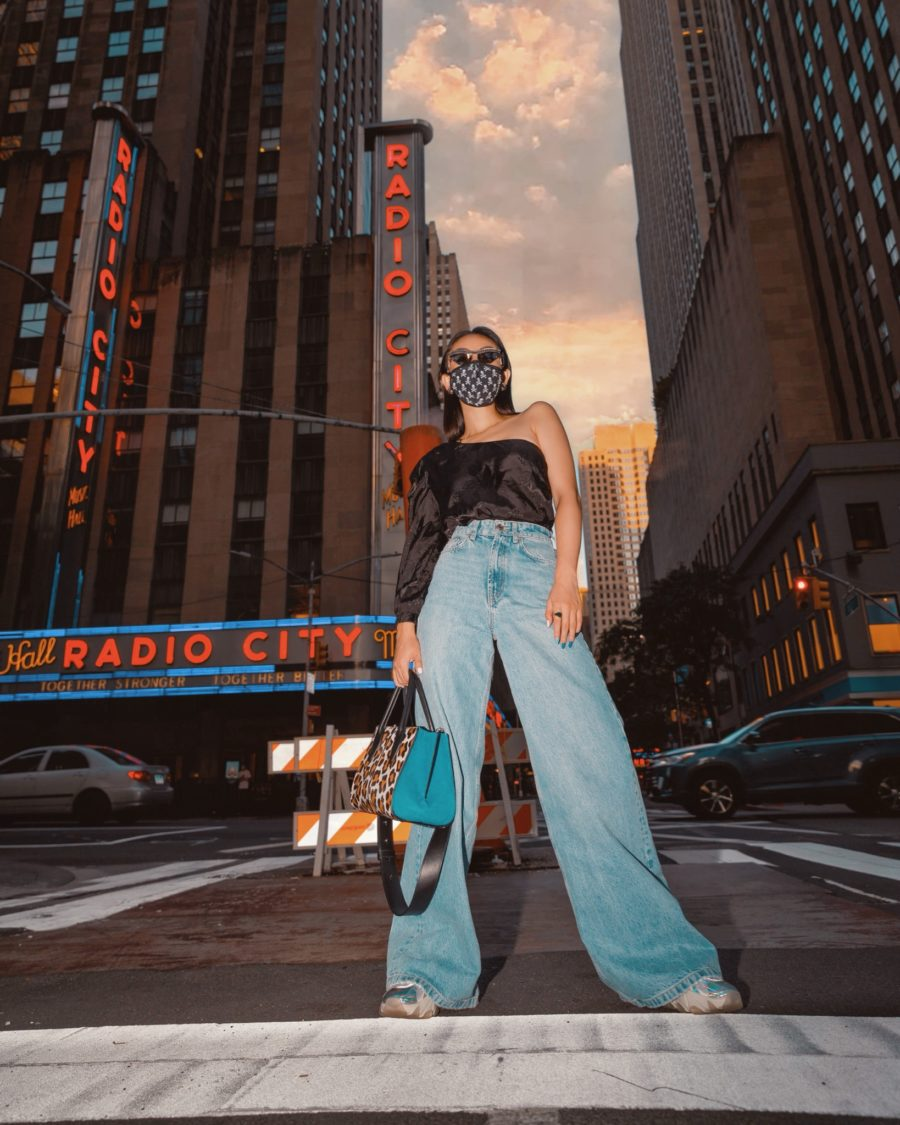 jessica wang wearing in downtown nyc sharing fashion blogger posing tips // Notjessfashion - Notjessfashion.com