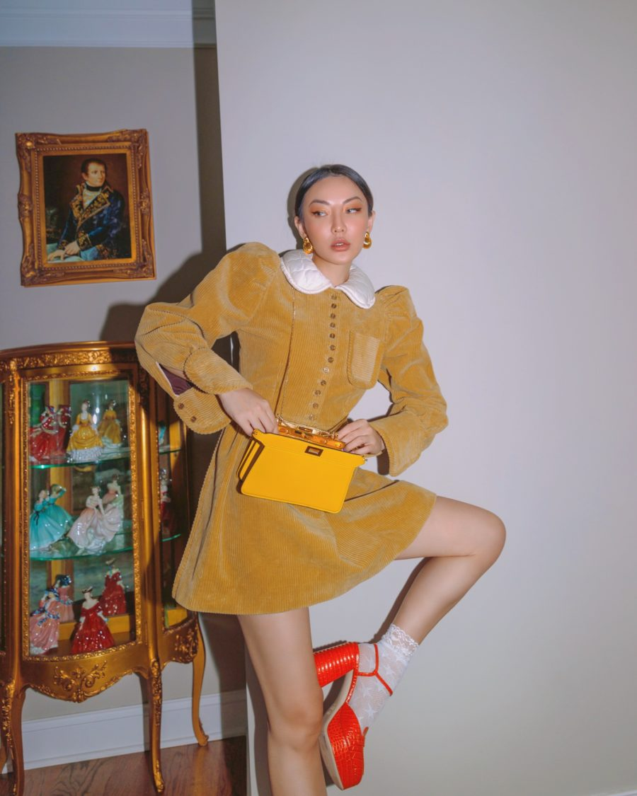 jessica wang wearing peter pan collar dress and sharing fashion blogger posing tips // Notjessfashion - Notjessfashion.com